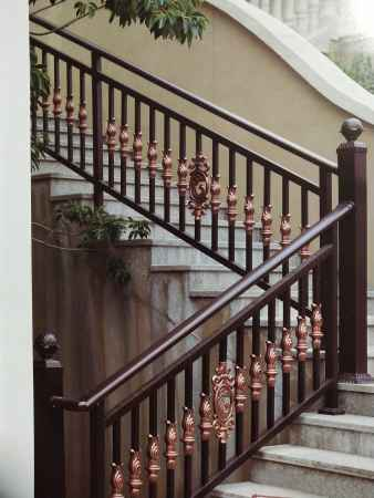 铝艺楼梯扶手厂家